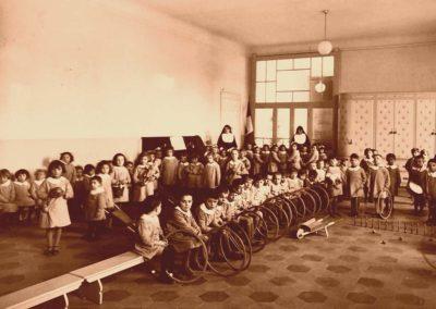 1934_giochi-nel-salone_2